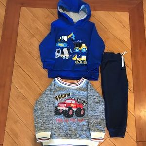 Boys set of 2 sweatshirts & 1 pair of sweat pants